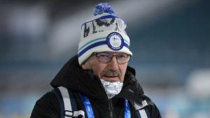 Antti Leppävuori utomhus.