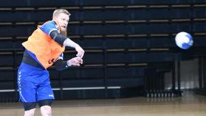 Det nuvarande landslagets mesta målskytt Teemu Tamminen hör till Finlands bärande krafter mot Bosnien-Hercegovina.