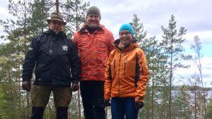 Pasi Vesterinen, Lasse Nurmi och Hanna Ylitalo på berget.