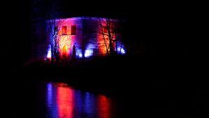 nickby sjukhus upplysta pumphus i nickby i sibbo 06.12.15