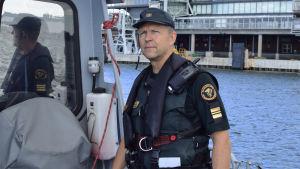 Kaptenlöjnat i Sjöbevakningen Oiva Juntunen.