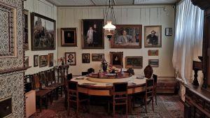 Ilja Repins matsal med det runda bordet