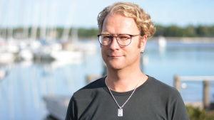 Personporträtt av Niklas Björkqvist.