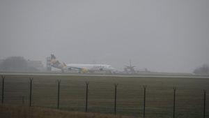 Det tysk flygbolaget Conrors plan nödlandar