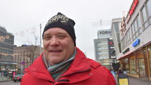 Robin Sundberg, verksamhetsledare för Hangö teaterträff