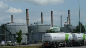 Sköldviks raffinaderiområde i Borgå.