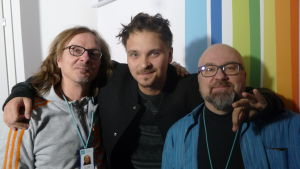 Juha-Pekka Sillanpää, Roope Salminen ja Juha Blomberg Levylautakunnassa.