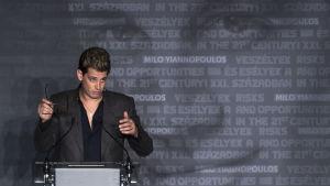 Milo Yiannopoulos, politisk kommentator för Breitbart News.