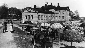 Ulrikasborgs badhus i Brunnsparken, fotot taget av W W Wilkman.