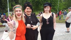 Sara Byskata, Mirka Johansson och Ida Björklund.