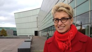 Konstkritiker och kurator Maaria Niemi