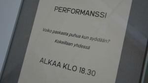 Konstnärsduon Harrie Livearts utställning i Åbo konsthall.