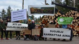 Demonstration i samband med Konstsamfundets skogsavverkningar i Purunpää