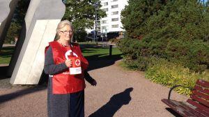 Anne Waselius koordinerar insamlingen i Grankulla.