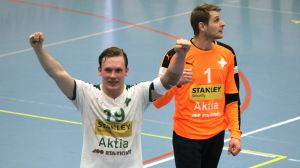 Miro Koljonen och Stefan Thilman firar.