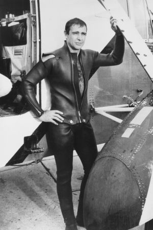 Sean Connery som James Bond i Åskbollen.