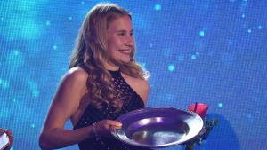 Nathalie Blomqvist på finlandssvenska idrottsgalan 2020.