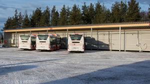Gasbussar parkerade på Stormossen.