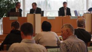 Diskussion under fullmäktigemöte i Pargas
