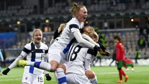 Finland firar EM-plats.