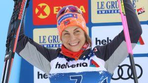Astrid Uhrenholdt Jacobsen på prispallen.
