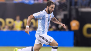 Argentinaren Gonzalo Higuains karriär verkar fortsätta i serie A.