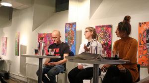 Marcus Groth, Katarina Kiiskinen och Heidi Hakala.