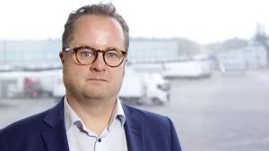 Vähälä Logistics -yhtiön toimitusjohtaja Ville Vähälä.