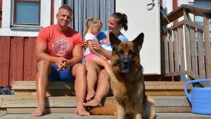 Kalle och Christina Jansson trivs i Korpo.