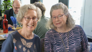 Två fina damer på lunch