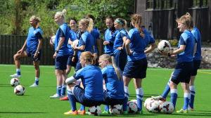 Finlands damlandslag i Eerikkilä 27.5.2015