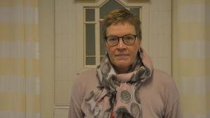 Rektorb vLena Johansson vid Axxell.