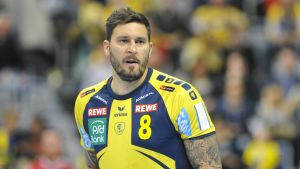 Kristian Bliznac från Rhein-Neckar Löwen försvarar i tyska i Bundesligan.