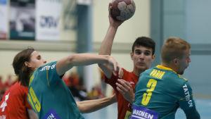 Aleksa Veselinovic från Pargas IF.s handbollslag.