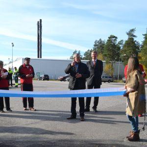 Invigningen av cykel- och gångvägen till Arlas fabriker i Sibbo