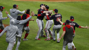 Washington Nationals firar MLB-mästerskap.