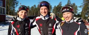 Tindra Jansson, Alva Thors, Linnéa Källbacka från Vörås vinnarlag.