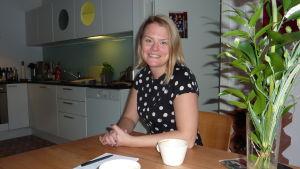 Lena Holmström i Hangö