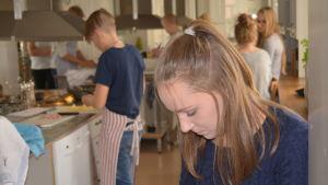 Sara Balakov från Strömborgska skolan i Borgå