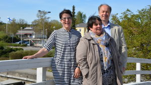 Eliisa Riikonen, Sunane Rosenqvist och Tomas Eklund är med och ordnar Skäriopen i Pargas.