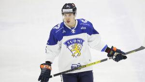 Miika Koivisto i Finlands landslagströja.