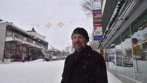Ulf Blomberg ute på stan.