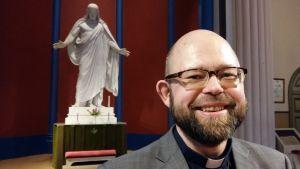 Kyrkoherde Karl af Hällström: Vad skulle Jesus säga om invandringen?