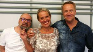 Juha Blomberg, Nina Honkanen ja Olli Lindholm Levylautakunnassa