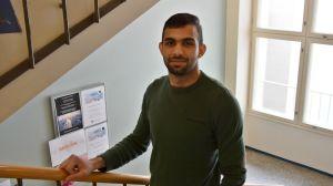 Mustafa Iethawi är asylsökande och deltar i Hankens kurs.