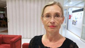 Nina af Hällström, SFP, suppleant i Esbo fullmäktige
