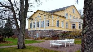 Fasaden tlll Stensböle gård.