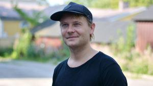 Personporträtt på Daniel Lindholm.