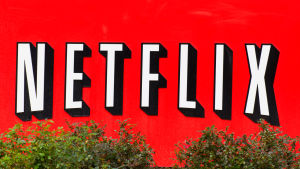 Netflix logo på en vägg.