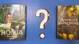 Två böcker bredvid varandra med ett frågetecken emellan. Kunderna får nu välja vilka böcker de önskar att biblioteken köper.